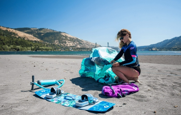 duotone_kiteboarding_product_page_action_pics_soleil_sls3 (1)