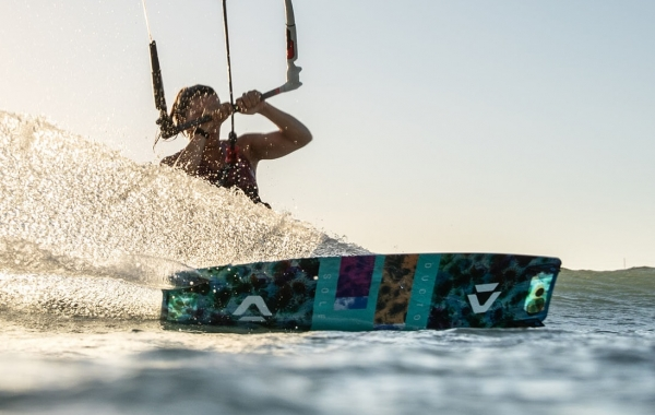duotone_kiteboarding_product_page_header_soleil